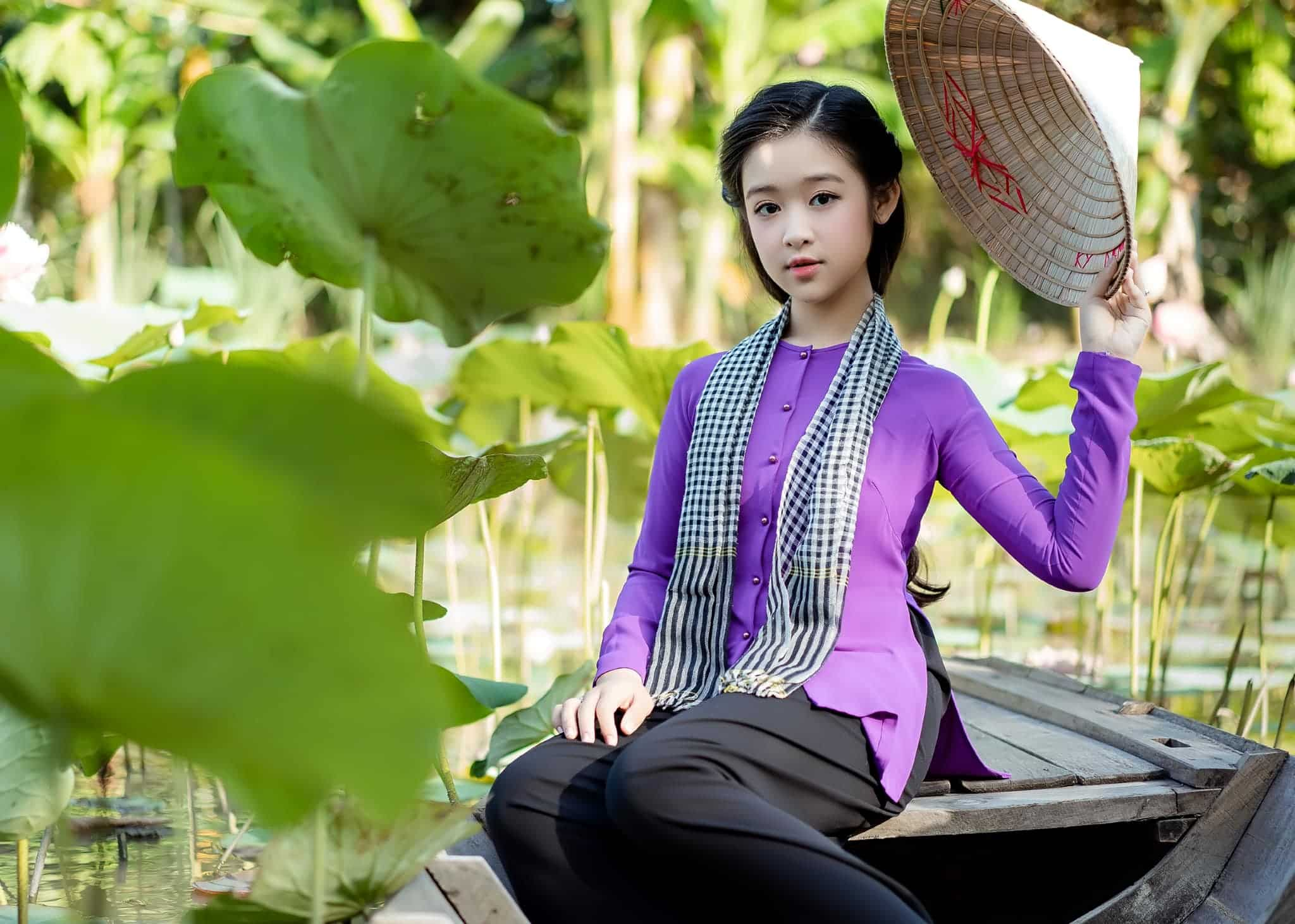 This image has an empty alt attribute; its file name is hoa-khoi-nhi-can-tho-cham-moc-1m6-nhan-sac-dung-chuan-my-nu-mien-tay-151592234_1796322870535180_6787299454760370415_n-m-1619430093-367-width2048height1462.jpg